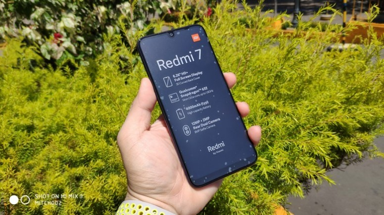 Redmi 7 Unboxing and Review: Fastest In Its Class!