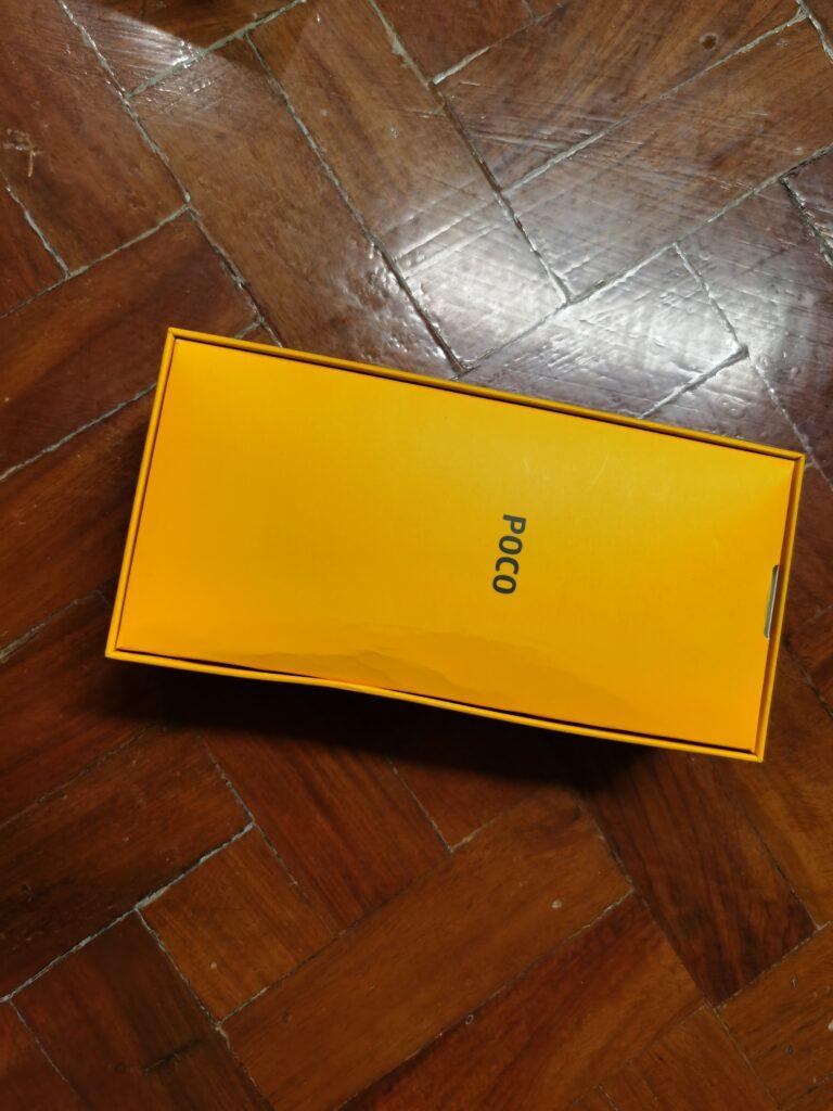 POCO X3's box