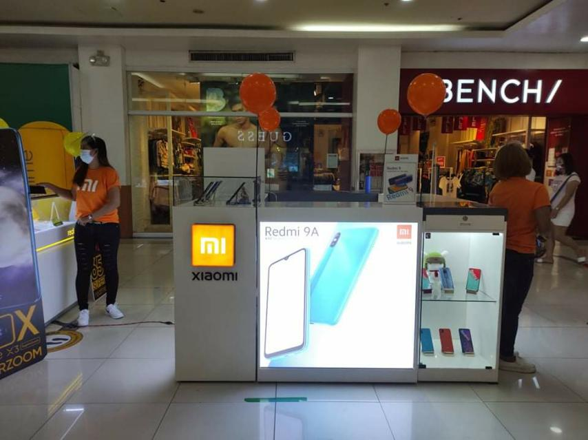 Xiaomi Opens New Kiosk in Pacific Mall Legaspi City
