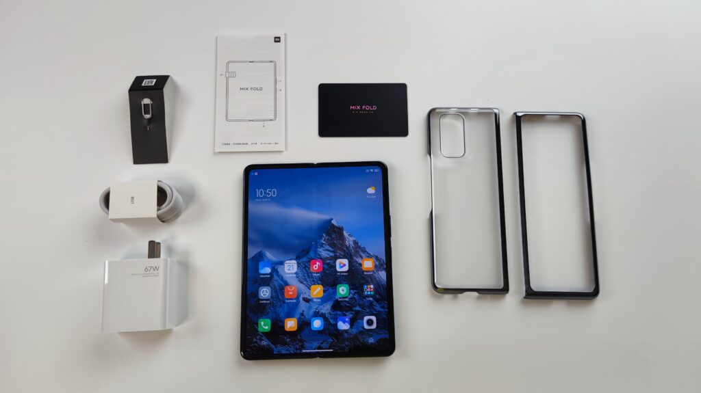 The Xiaomi Mi Mix Fold and out-of-the-box accessories.